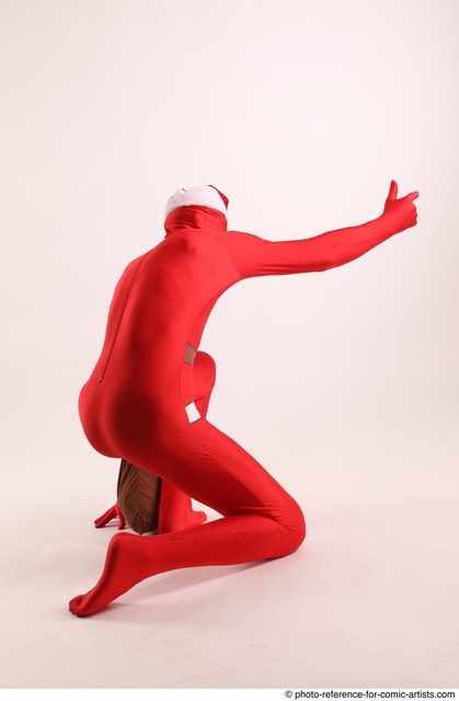 Man Adult Average Another Daily activities Kneeling poses Casual