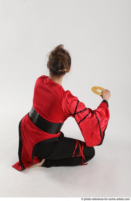 Woman Adult Average Martial art Standing poses Casual Latino