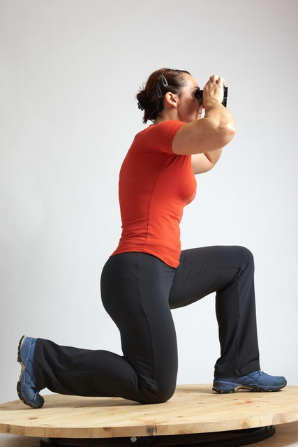 Woman Adult Average White Neutral Kneeling poses Casual