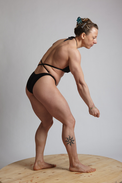 Woman Adult Muscular White Daily activities Standing poses Sportswear