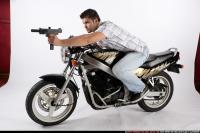 BIKER2 SHOOTING FRONT UZI 05.jpg