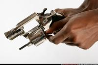 CLOSE UP RELOADING REVOLVER 05.jpg