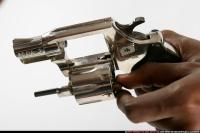 CLOSE UP RELOADING REVOLVER 04.jpg