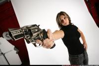 woman-aiming-revolver