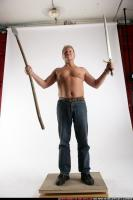 2009 01 OLD BARBARIAN VICTORY SWORD SPEAR 00 C.jpg