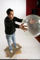 2009 03 JACOB THROWING BALL2 07 A