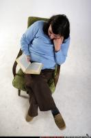 2010 01 OLDWOMAN2 SITTING READING 03.jpg