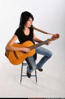 2010 01 SILVIA PLAYING GUITAR 07 A