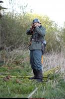 2010 03 WW2 INFANTRY STANDING AIMING RIFLE 01