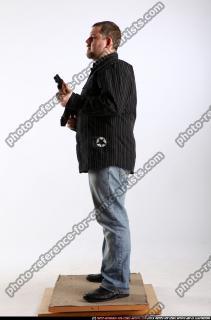 2010 09 DANIEL STANDING AK IDLE POSE 02 B