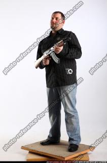 2010 09 DANIEL STANDING AK IDLE POSE 01 B