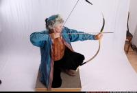 2010 12 HUNTER SHOOTING BOW2 00 A.jpg