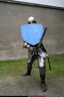2011 01 MIDDLEAGE KNIGHT2 SWORD SHIELD POSES 05