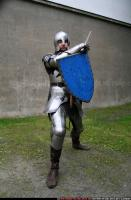 2011 01 MIDDLEAGE KNIGHT2 SWORD SHIELD POSES 01