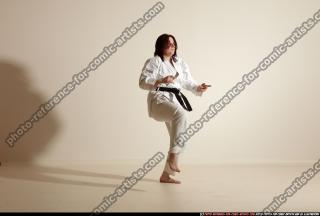 2011 09 MICHELLE SMAX KARATE POSE4 09