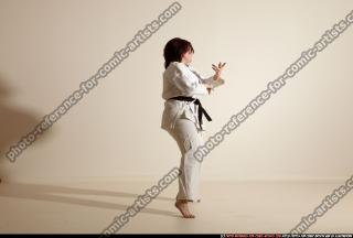 2011 09 MICHELLE SMAX KARATE POSE4 10
