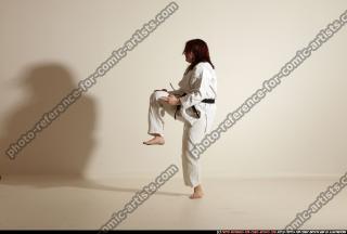 2011 09 MICHELLE SMAX KARATE POSE4 33