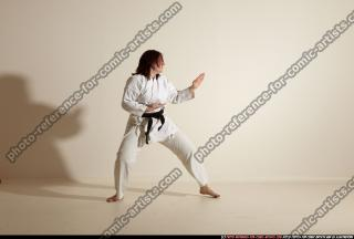 2011 09 MICHELLE SMAX KARATE POSE4 41