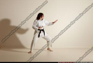 2011 09 MICHELLE SMAX KARATE POSE4 42
