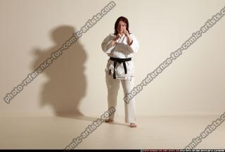 2011 10 MICHELLE SMAX KARATE POSE5 02