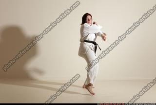 2011 10 MICHELLE SMAX KARATE POSE5 11