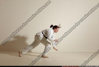2012 03 MICHELLE SMAX KARATE POSE 11 022