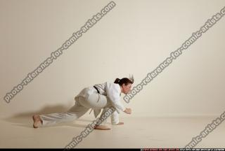 2012 03 MICHELLE SMAX KARATE POSE 11 023