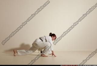 2012 03 MICHELLE SMAX KARATE POSE 11 029