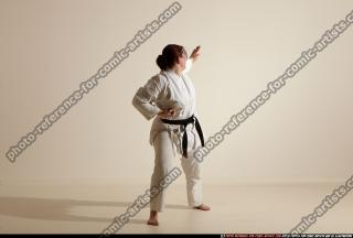 2012 03 MICHELLE SMAX KARATE POSE 11 039