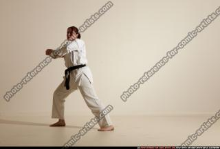 2012 03 MICHELLE SMAX KARATE POSE 11 066