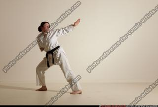 2012 03 MICHELLE SMAX KARATE POSE 11 070