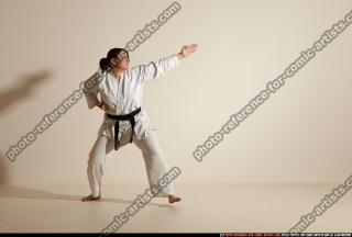2012 03 MICHELLE SMAX KARATE POSE 11 074
