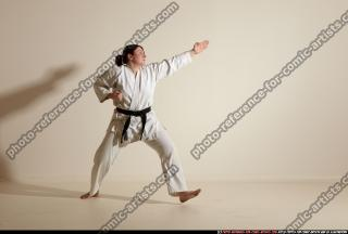 2012 03 MICHELLE SMAX KARATE POSE 11 075