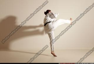 2012 03 MICHELLE SMAX KARATE POSE 11 079