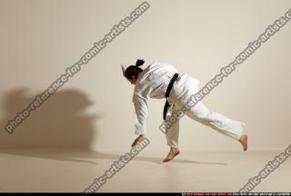 2012 03 MICHELLE SMAX KARATE POSE 11 082