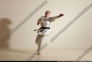 2012 03 MICHELLE SMAX KARATE POSE 11 109