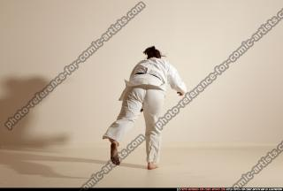 2012 03 MICHELLE SMAX KARATE POSE 11 114