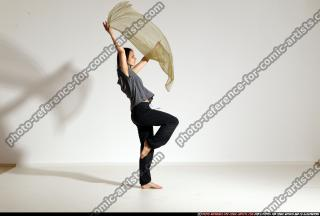 2014 08 SMAX ANGELICA DANCE SCARVE POSE1 122