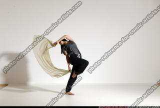 2014 08 SMAX ANGELICA DANCE SCARVE POSE1 154