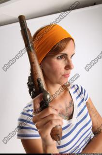 2014 08 AMY PIRATE FLINTLOCK SWORD GUARDING POSE 08