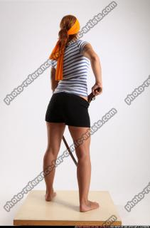 2014 11 AMY PIRATE FLINTLOCK SWORD DEFENDING POSE 04 C
