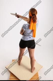 2015 02 AMY PIRATE FLINTLOCK SWORD AIMING POSE 03 A