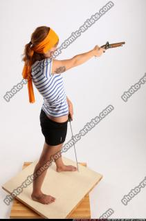 2015 02 AMY PIRATE FLINTLOCK SWORD AIMING POSE 05 A