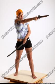 2015 02 AMY PIRATE FLINTLOCK SWORD AIMING POSE 07 B