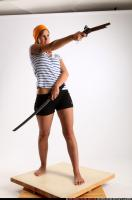 2015 02 AMY PIRATE FLINTLOCK SWORD AIMING POSE 07 C