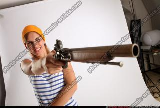 2015 02 AMY PIRATE FLINTLOCK SWORD AIMING POSE 08