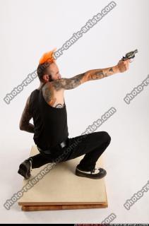 2015 04 EDGAR KNEELING REVOLVER SHOOTING 06 A