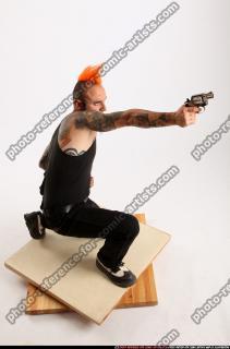 2015 04 EDGAR KNEELING REVOLVER SHOOTING 07 A