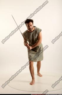 2016 04 LOGAN MEDIEVAL SWORD POSE2 00 B