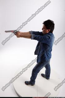 2016 10 ORVILLE STANDING AIMING PISTOL 02 A